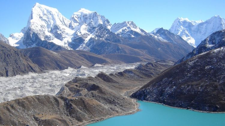Everest Three Pass Trek 18 Days