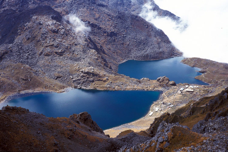 Langtang Gosaikunda Pass Trek 18 Days